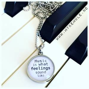Bilde av WORDS, «Music is what feelings sound like»